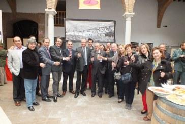 """La IV Feria """"Primavera y vino"""" vuelve a colocar a Guadix como referente provincial en materia de vinos"""