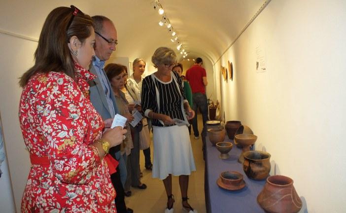 """El Centro de Interpretación Cuevas de Guadix acoge hasta el 6 de noviembre su séptima exposición temporal, """"La cerámica en manos de Atani"""""""