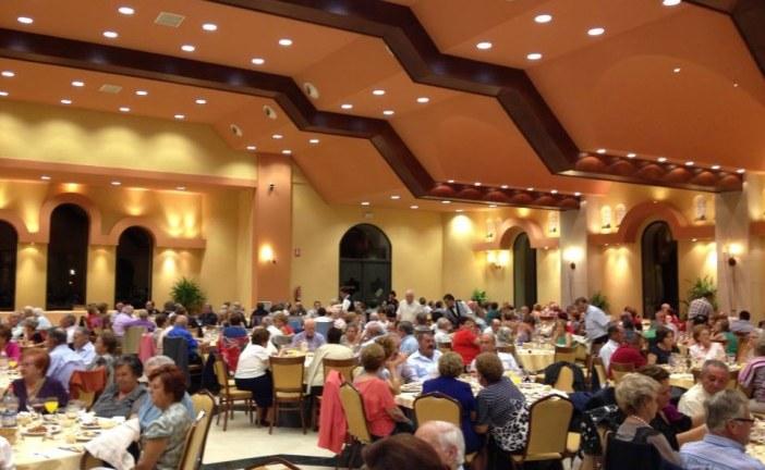 El Ayuntamiento de Guadix reconoce a los mayores de la ciudad y anejos con una participativa fiesta de homenaje