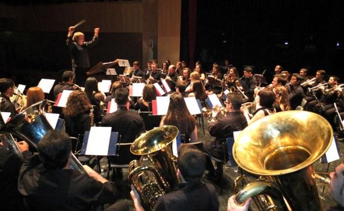 Las bandas de Albolote y Churriana de la Vega hicieron las delicias del numeroso público asistente a la semifinal del II Concurso Provincial de Bandas de Música de Granada celebrado en Guadix