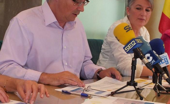Un centenar de jóvenes titulados y no titulados serán contratados por el Ayuntamiento de Guadix en el marco del programa Emplea Joven para el que el consistorio ha diseñado 40 iniciativas  [Vídeo]