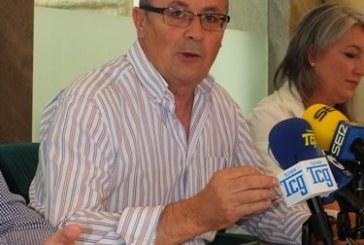 El alcalde de Guadix defiende la enmienda que recoge las inquietudes del colectivo de profesores de religión para evitar que las nuevas medidas vayan en detrimento de los derechos y condiciones laborales de este profesorado