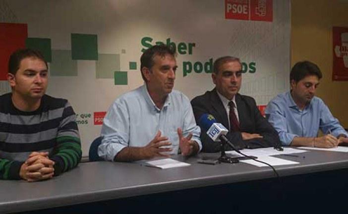 El PSOE reprueba al equipo de gobierno del PP de Guadix por incumplir su programa electoral