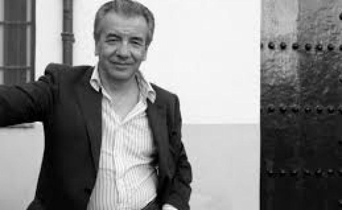 Lectura pública de la Ronda Andaluza del Libro a cargo de José Gutiérrez