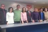 El secretario general del PSOE de Guadix, José Martinez Olmos pasa la pelota de la reapertura de las minas de Alquife a Santiago Pérez López