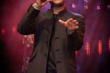 Damon Robinson dona los beneficios de su concierto de Navidad en apoyo a niños necesitados [Vídeo]