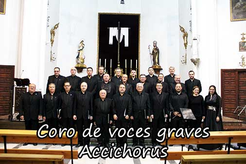 Pie Jesus interpretado por el coro de voces graves de Accichorus