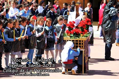 150 alumnos de Educación Infantil de Guadix realizan su particular procesión de Semana Santa [Vídeos]