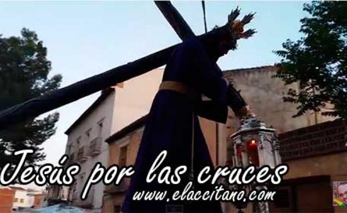 Jesús por las cruces [Vídeos]