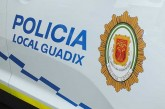 La Policía Local de Guadix interviene en un accidente laboral con un herido en el Polígono la Marcoba
