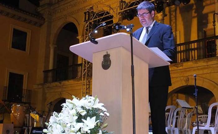 Pregón Feria y fiestas Guadix 2015 a cargo de D. Antonio López Hernández [Vídeo]
