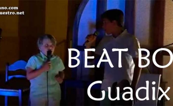 Beat boxers de 8 años con su hermano en la noche de micros abiertos de Guadix [Vídeo]