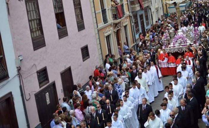 El Obispo de Guadix predicó en Tenerife al Santísimo Cristo de La Laguna