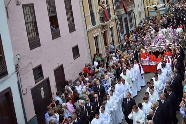 Tenerife celebra al Santísimo Cristo de La Laguna