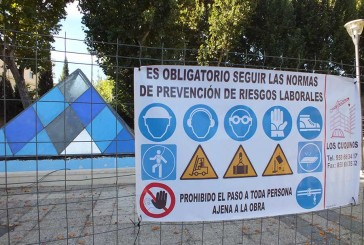 Empiezan los trabajos de ampliación de la zona de juego infantil en el parque municipal Pedro Antonio de Alarcón [Vídeo]
