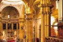 Años 1576 – Pleito entre el Regidor del Concejo de Guadix D. Gaspar Dávalos y Dª Ana Zarrato, viuda, mujer que fue de D. Luis Guiral, Regidor en Guadix, por la ocupación de un asiento en lugar preferente de la catedral