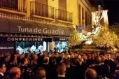 La Virgen de las Angustias y la Flor marchita de la tuna de Guadix 2015 [Vídeo]