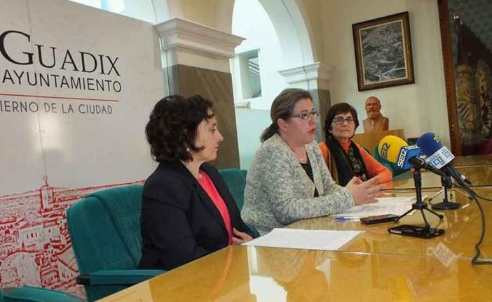 Ayuntamiento, colegio Padre Poveda e Institución Teresiana defienden el mantenimiento de las unidades de apoyo del centro