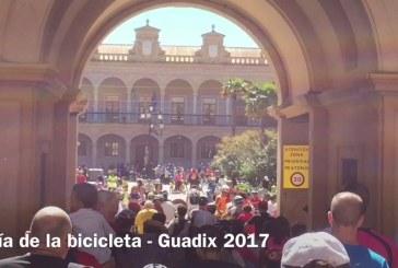 Sol radiante para celebrar la XXX edición del Día de la Bicicleta en Guadix 2017