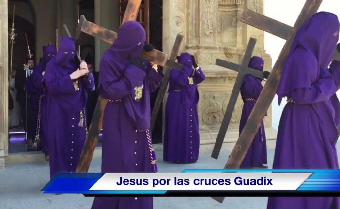 """""""Jesús por las cruces"""" con la hermandad de Ntro Padre Jesús Nazareno"""