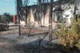 Los Bomberos participan durante más de tres horas en la extinción de un incendio en Cortijo la Canaleja, en Dehesas de Guadix
