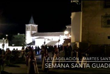 La hermandad de la flagelación y la Virgen del refugio cierran el Martes Santo en Guadix
