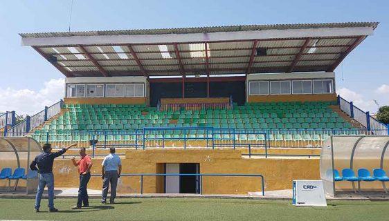 Arreglos cubiertas campo de futbol