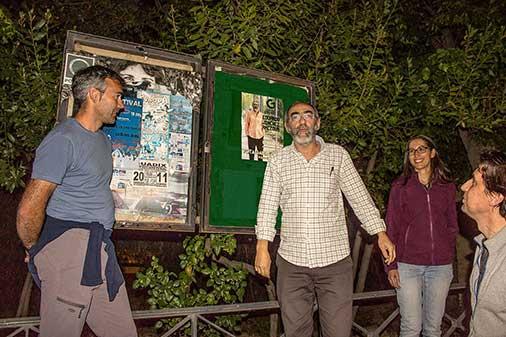 Gana Guadix en la pegada de carteles
