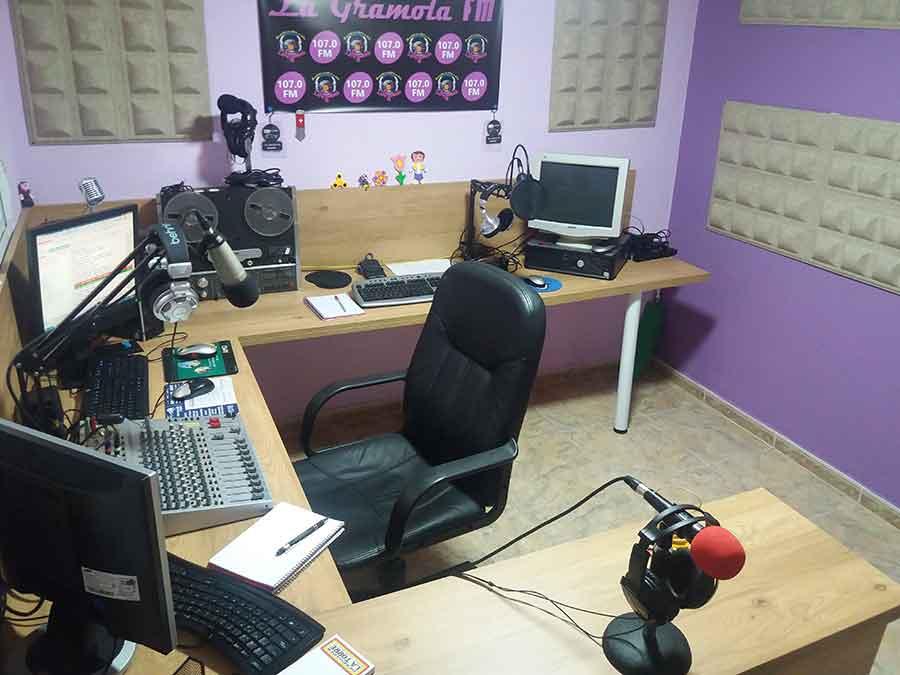Loren Radio Luna