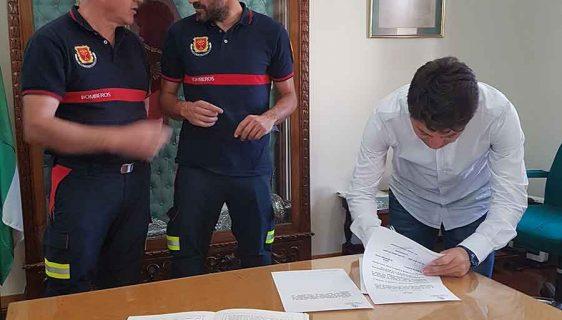 Manuel Jabalera bombero de Guadix