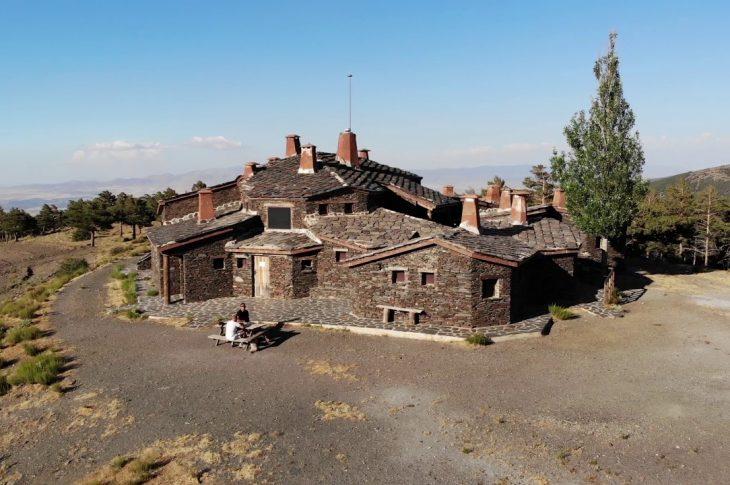 Entorno natural de la Comarca de Guadix a vista de drone