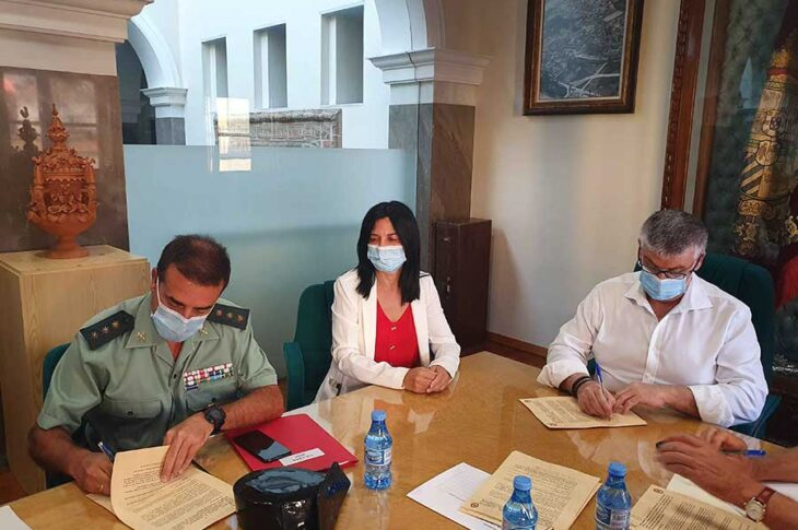Convenio Guardia civil y Ayuntamiento de Guadix
