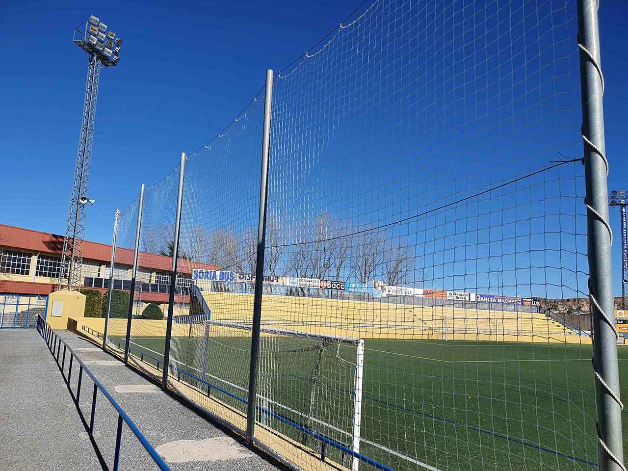 Redes campo de fútbol Guadix