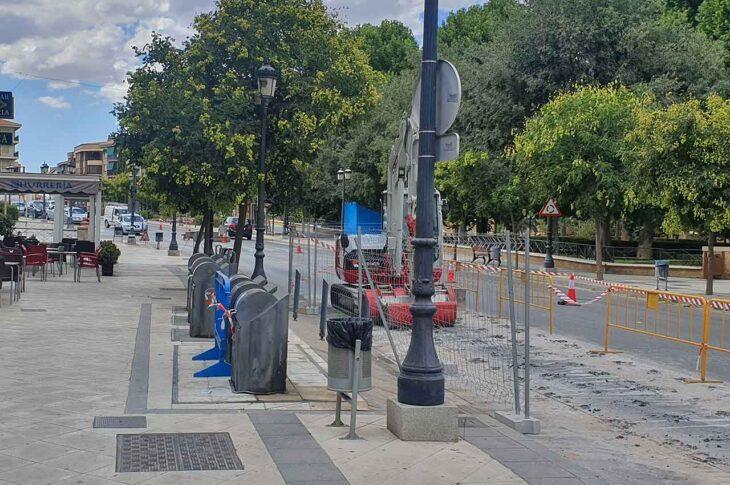 Contenedores Avenida Medina Olmos de Guadix