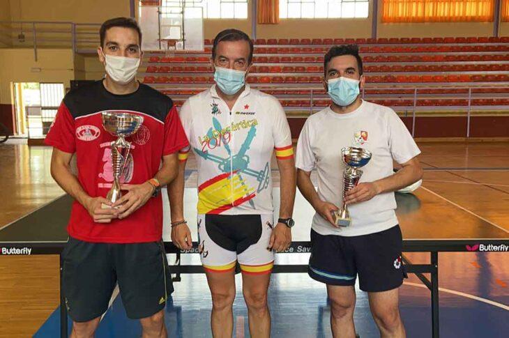 Campeones de tenis de mesa Feria de Guadix