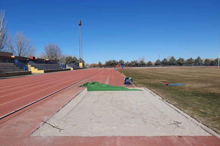 Foso pista de atletismo Guadix